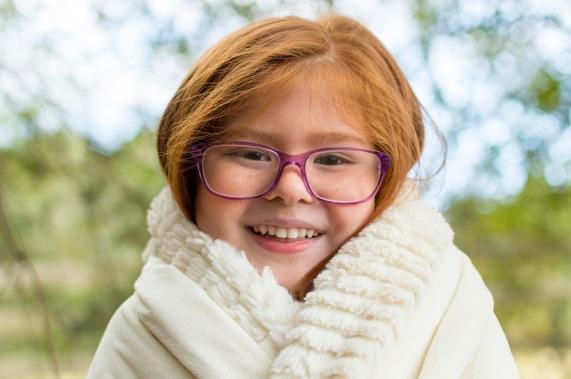 Sweet girl cuddled up | Crestview, Florida Child Photographer