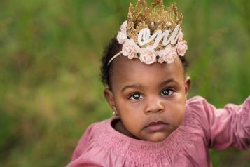 Beautiful one year milestone princess | Crestview Child Photographer
